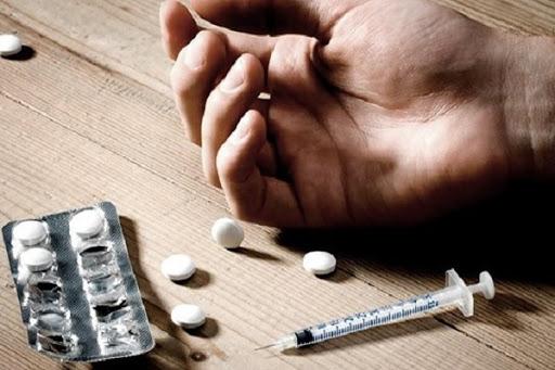 Наркотическая и алкогольная зависимость у подростков